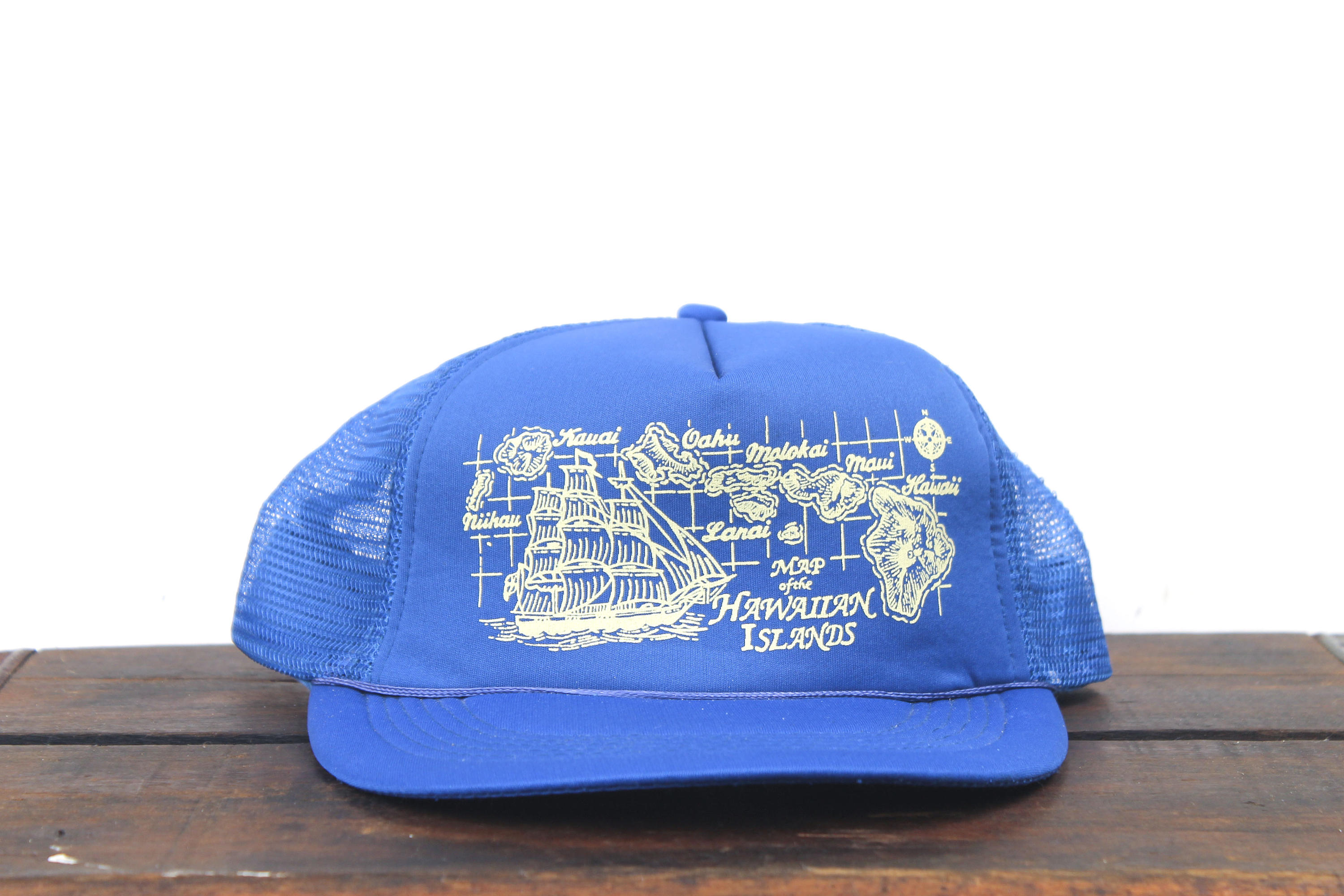 344dee0054cae Vintage Map Of Hawaiian Islands Boat Ship Hawaii Maui Kauai Beach Tropical Trucker  Hat Snapback Baseball