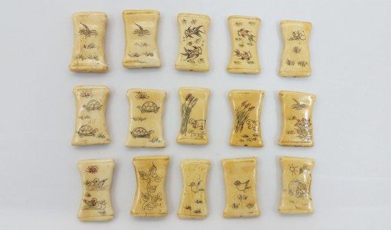 X1 Vintage Chinese Scrimshaw Carved Cattle Bone Animal Floral Bead Pendant Schooner Chandlery